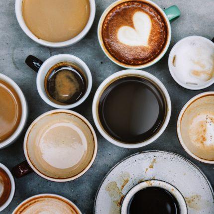 Quante tazzine di caffè al giorno per causare emicrania